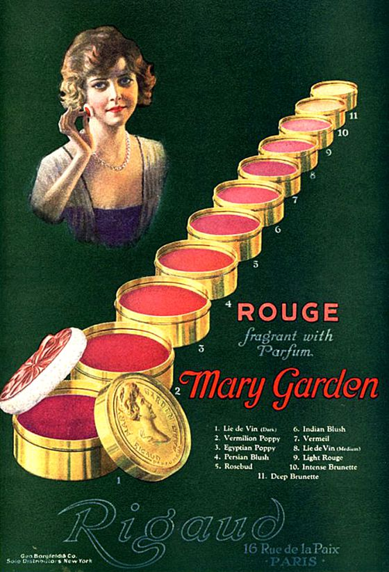 Rigaud-s-rouges---Rouge-fragrant-with-Parfum-Mary-Garde.jpg