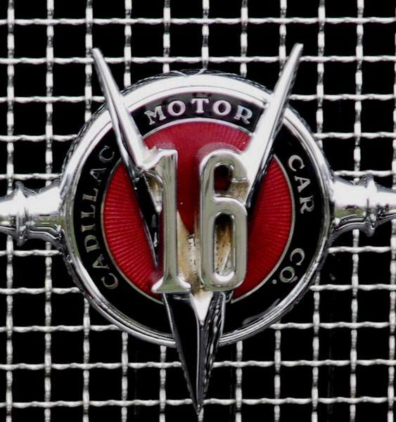 cadillac_452A_v16_fleetwood_convertible_coupe_1930_119.jpg