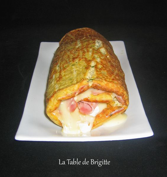 Roulade-d-oeufs-au-camember.jpg