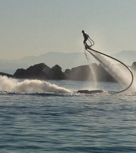 illustration-du-flyboard-credit-photo-zapata-racing_37812_w.jpg