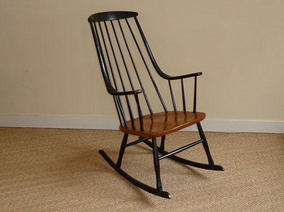 rocking chair de ilmari tapiovaara coin canal. Black Bedroom Furniture Sets. Home Design Ideas