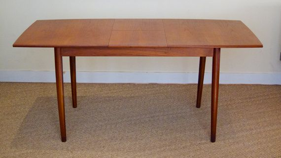 Table scandinave en teck 1960 coin canal for Table de salle a manger hauteur 90