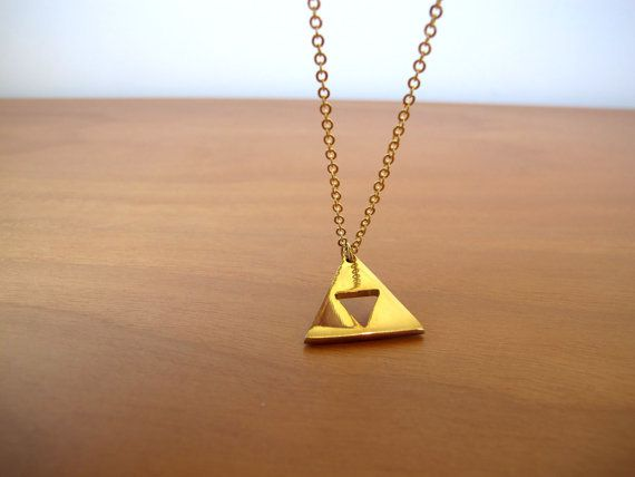 collier-triforce-zelda-aaa-counter-strike