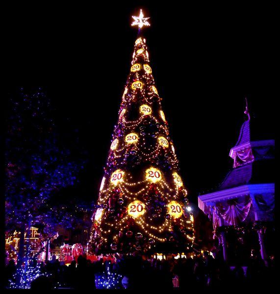Disneyland-Paris-Noel-decorations--39-.JPG