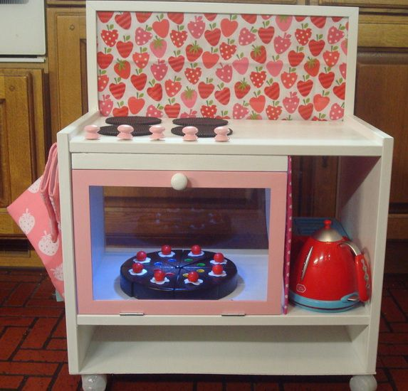 cuisiniere-enfant-table-de-chevet.jpg