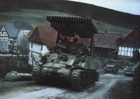 m4_sherman_with_t34_calliope.jpg