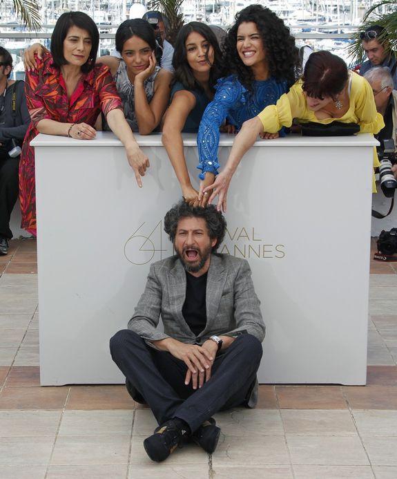 Leila Bekhti Hafsia Herzi et autres Cannes 2011