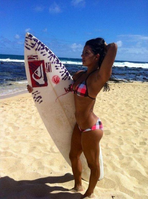 chicas surferas (15)
