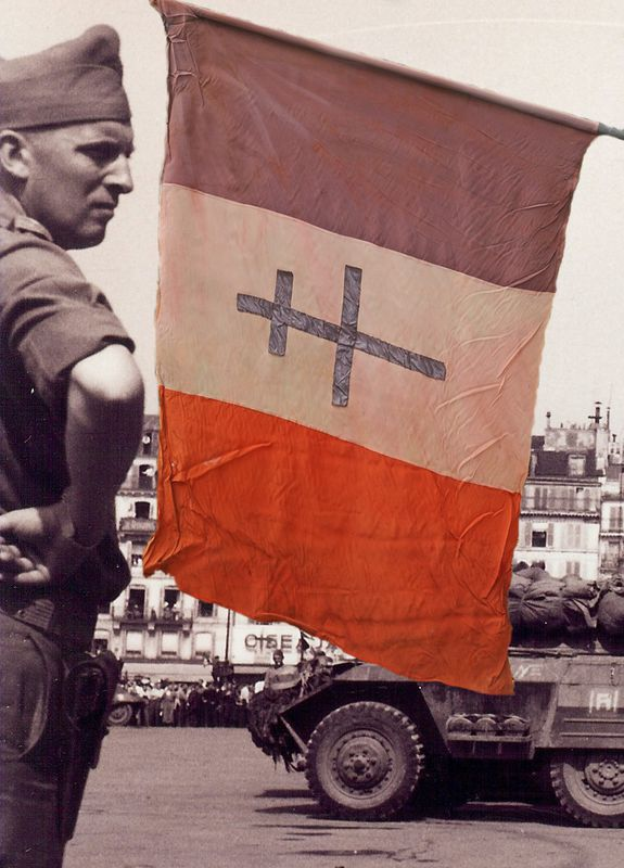 Drapeau-de-la-liberation---Photo-Pierre-Rene-FEBVRE---Did.jpg