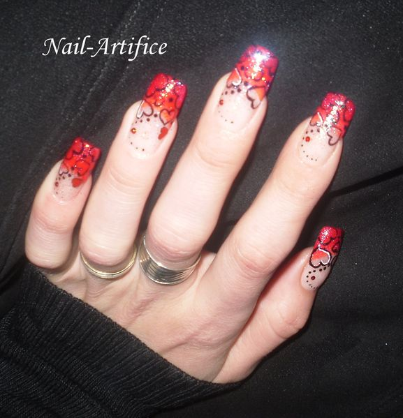 Galeria: NAIL ART FRENCH ROUGE