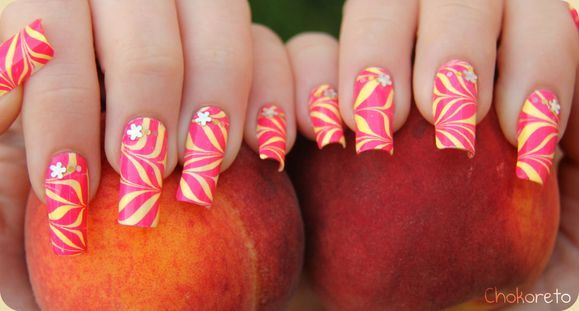 photo nail art water marble quel vernis