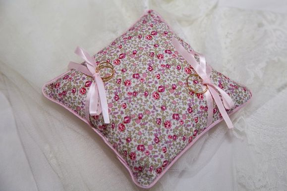 coussin d'alliance liberty rose passepoil1