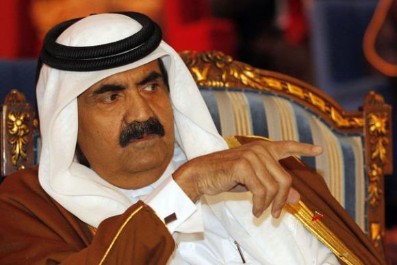 71853_qatar-s-emir-sheikh-hamad-bin-khalifa-al-thani-points.jpg