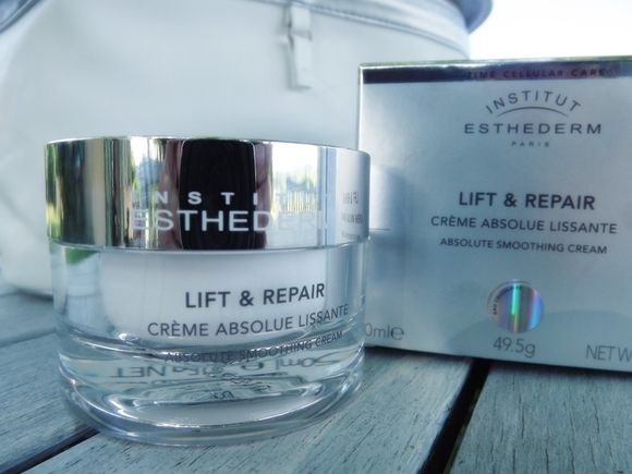 CREME-ABSOLUE-LISSANTE-LIFT-REPAIR-ESTHEDERM.JPG