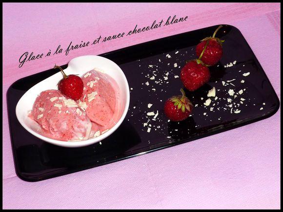 glace-fraise-sauce-choco.jpg