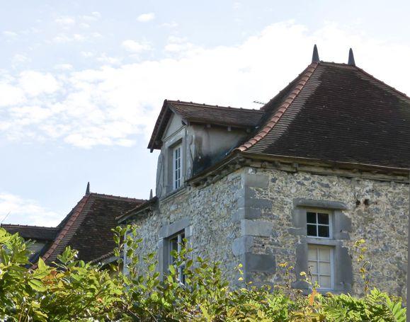 Avant-du-chateau.jpg