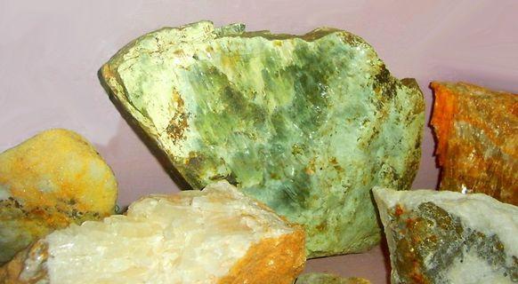 Roquefeuil 028 minéraux de Geneviève Camurac