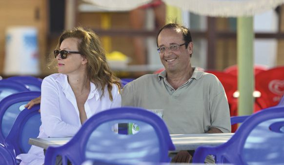 Photo-vacances-francois-hollande-valerie-trierweil-copie-10.jpg