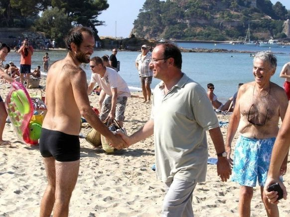 Photo-vacances-francois-hollande-valerie-trierweil-copie-3.jpg