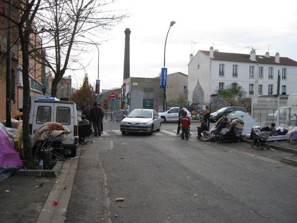 Roms-Montreuil-Voynet-Salon-Livres.JPG