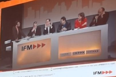 Table-ronde-copie-1.JPG