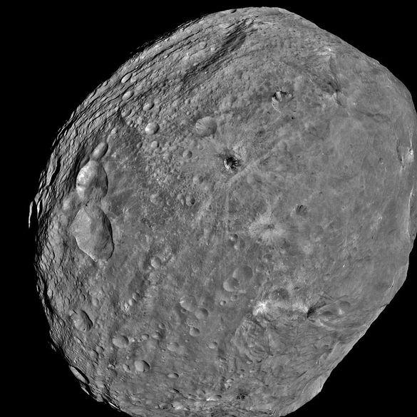 asteroide vesta