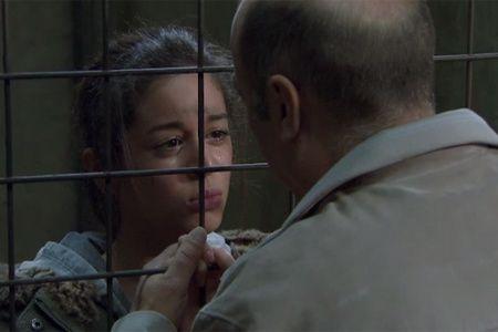 PBLV Margaux amie d'Elise arrêtée et en cellule au commis