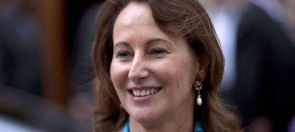 956515_segolene-royal-presidente-ps-de-la-region-poitou-cha.jpg