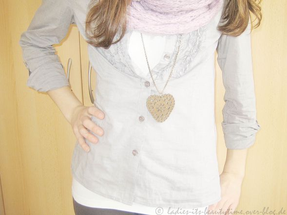 Outfit hellblaugraue bluse3