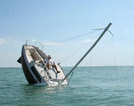 bateau-qui-coule--1-.jpg