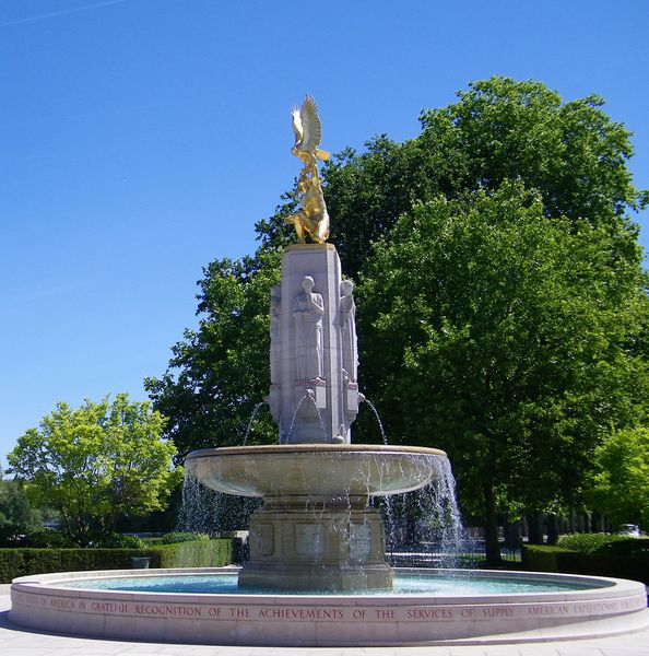 1474 American Service of Supply Monument and Fountain, Tour
