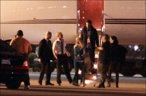 Madonna spotted exiting private plane with Alex Rodriguez