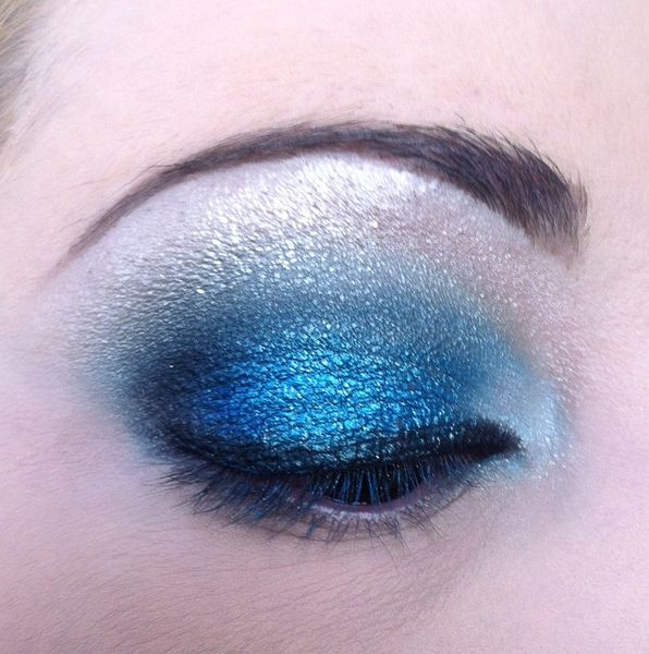 makeup-totally-blue 3419