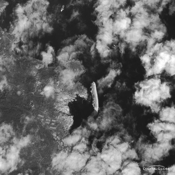 Digital Globe - Costa Concordia - 17-01-2012 - RR25