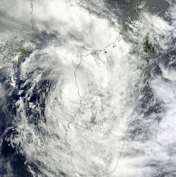 Aqua - Modis - Irina - Madagascar - 01-03-2012 - 1 km