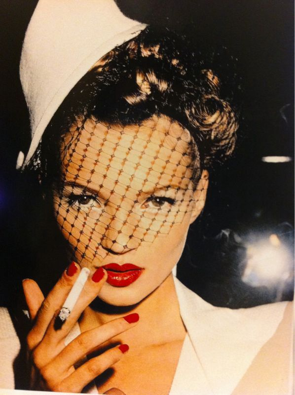 Kate-Moss-in-Galliano-in-Paris-1994-photograph-by-Roxanne-L.jpg