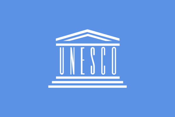 http://img.over-blog.com/599x399/1/50/59/42/UNESCO_svg.png