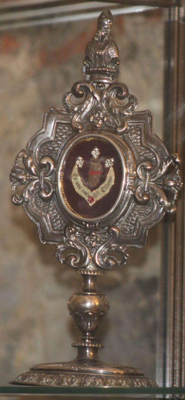 Reliquaire-St-Etton.jpg