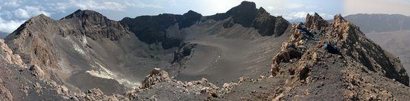 Pico_de_Fogo_Krater---Kogo-W.jpg