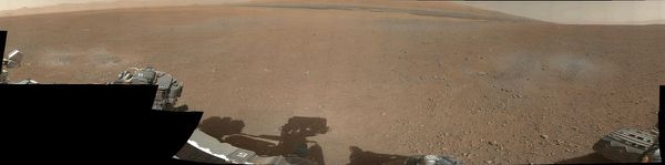 MSL---Curiosity---Mastcam---couleur---panorama---basse-res.jpg