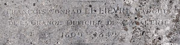 GRISY-SUISNES (Seine & Marne ) Au cimetière François Con