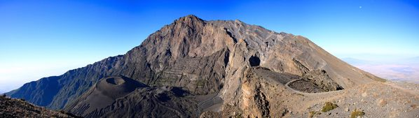 Panorama-Mount-Meru-14-Jan-2009 - stenklar.ch