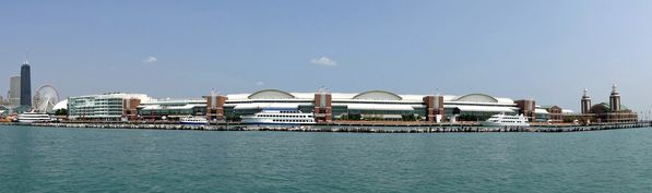 Chicago-Navy-Pier-pano-1.jpg