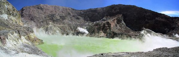 -1--volcans-new-zealand--White-island--3-images--12168_1866.jpg
