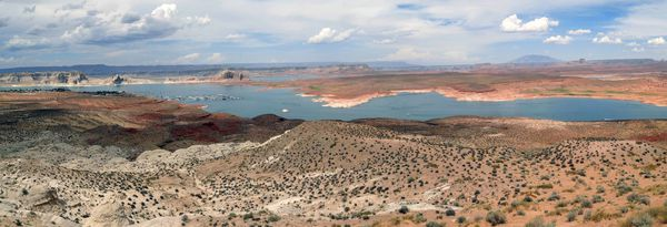 Lac Powell pano