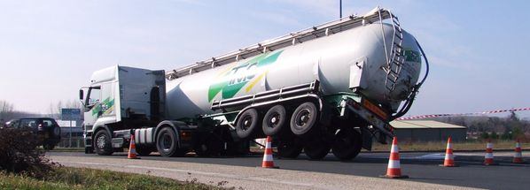 20100215 accid-citerne poudre-lait 028-(bl)