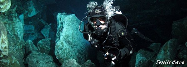 Fossils cave - Cave divers asso. of australia