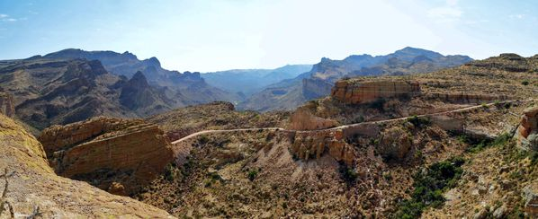 Apache-Trail-overlook-pano-b.jpg