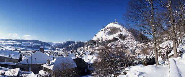 Murat-rocher-de-Bonnevie-hiver---site-de-Murat.jpg