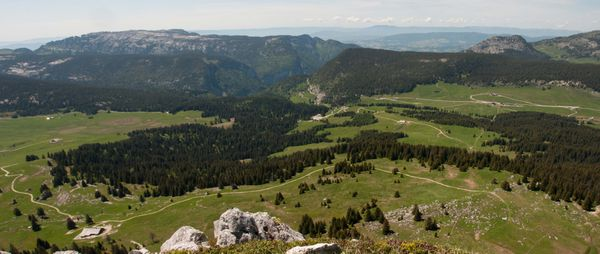 Panorama-plateau-des-GLIERES.jpg
